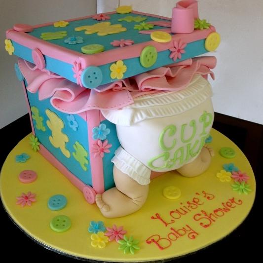 Baby Shower caricature cake