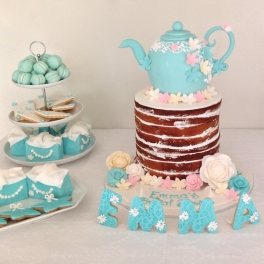 Colour matched cakes, macaroons and personalised cookies (yes the EMMA are delicious cookies too)
